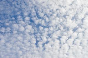 clouds-2715313_1920